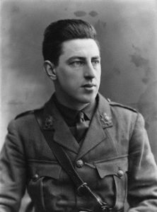 paul-nash-in-uniform